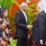 FM.-Dr.-Amunugama-Maldives
